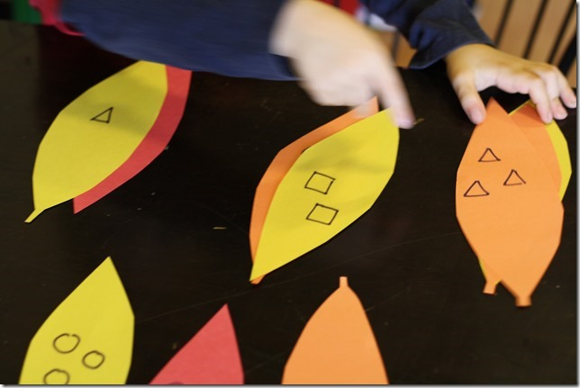 The Sorting Turkey - PreK sorting shapes, numbers, and colors