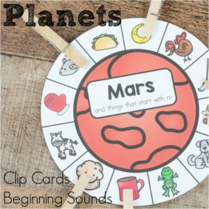 Feel inspired with space and beginning sound clip cards! Practice those beginning sounds, work on fine motor skills, all within a space theme.