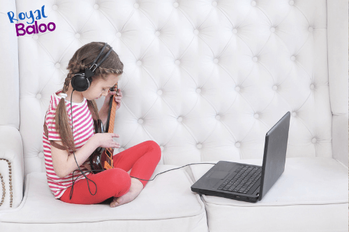 Video game time out of control at your house? Are you sick of the constant screen time battles?  Check out these 7 tips to to manage the video game time with your kids!